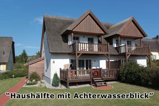 Doppelhaushälfte unter Reetdach, Retdachhaus mit Achterwasserblick in Loddin, Ferienwohnungsvermittlung Herrmann