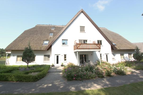 Ferienwohnungen Herrmann Loddin und Kölpinsee, 2  Zimmer Ferienwohnung im Reetdachhaus, www.Fewo-Usedom.cc