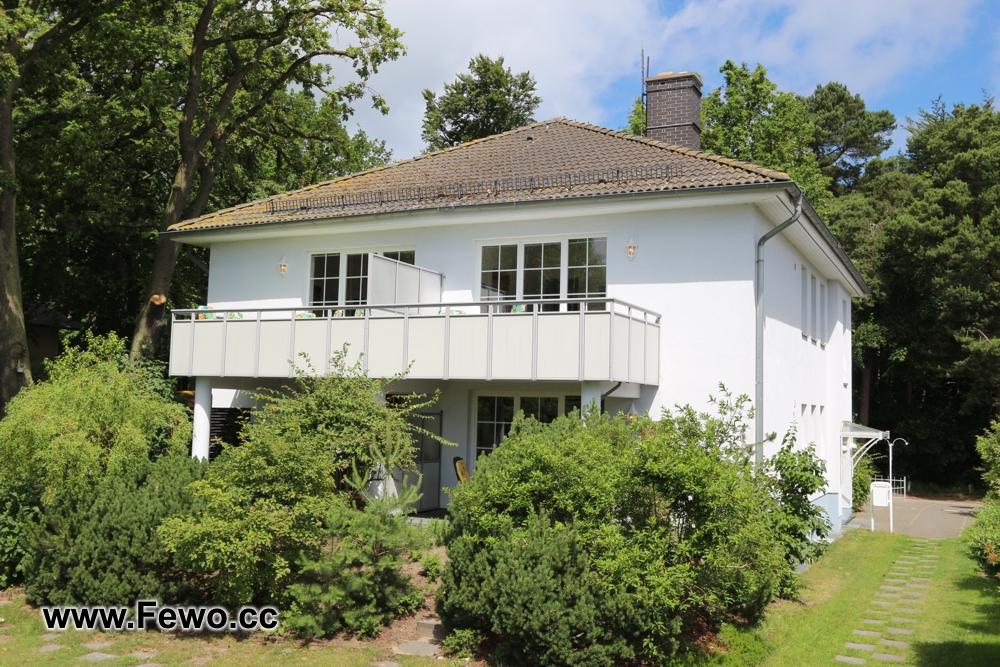 Villa Irene, sehr strandnah Urlaub in Zempin, 4-Sterne-Ausstattung, 2 und 3 Zimmer Ferienwohnungen, www.Fewo-Usedom.cc
