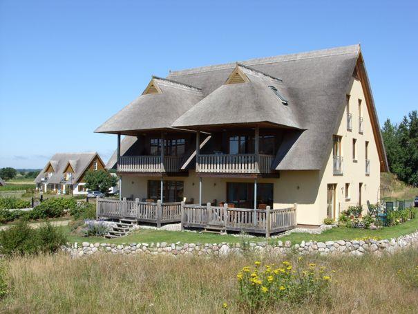 4-Sterne-Ferienwohnungen in einem Reetdachhaus in Loddin mit Achterwasserblick, inklusive kostenfreiem DSL und Telefon